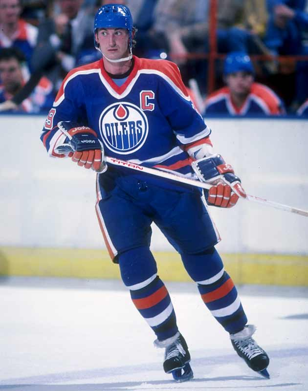 A biography of wayne gretzky the one of the greatest hockey player in the national league
