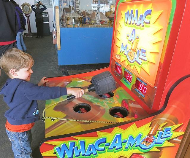 whac-a-mole-arcade boys